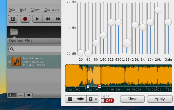 ocenaudio 2.0.16 featuring the live preview of the equalizer (Fedora 22)